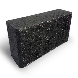 Блок колотий парканний чорний